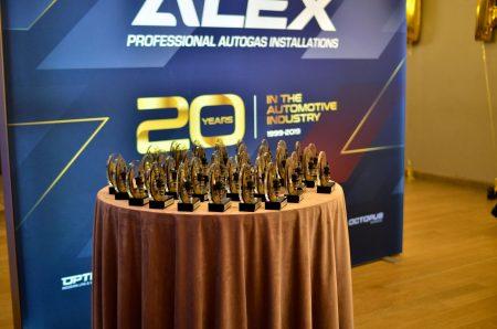 20-lat-alex-5